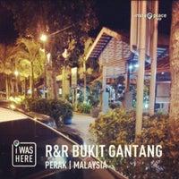 Photo taken at R&R Bukit Gantang - Northbound by Apais U. on 4/9/2013