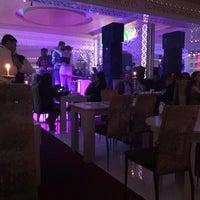 Photo taken at Curcuna Restoran Night Club by 👑👑👑 KR@LL👑👑👑 on 9/27/2018