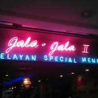 Photo taken at Jala-Jala Nelayan by Li D. on 9/15/2012