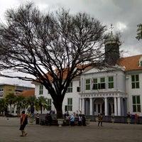 Photo taken at Museum Sejarah Jakarta (Museum Fatahillah) by Sheila D. on 2/19/2013