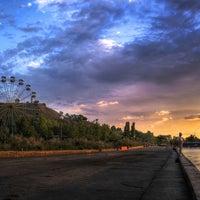 Снимок сделан в Городская набережная пользователем Великий и Всемогущий 5/11/2013