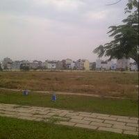 Photo taken at Khu Công Nghệ Cao Tp.HCM (SaiGon Hi-Tech Park) by Quang Anh L. on 4/11/2013