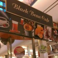 Photo taken at Black Bean Cafe by Gizem Ü. on 5/30/2016