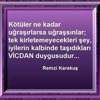 Photo taken at Rengarenk Canlı Müzik by Remzi K. on 12/10/2015