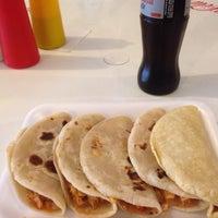 Photo taken at Tacos El Venao by Marizpe R. on 8/17/2016