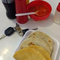 Photo taken at Tacos El Venao by Marizpe R. on 9/5/2017