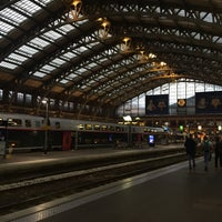 Photo taken at Station Gare Lille-Flandres ⓇⓉ by いけ つ. on 8/11/2017