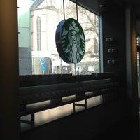 Das Foto wurde bei Starbucks von Chris V. am 3/26/2013 aufgenommen
