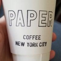 Foto tirada no(a) PAPER coffee por Matthew K. em 9/26/2017