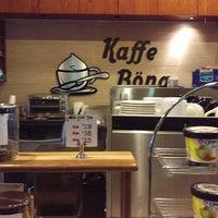 Das Foto wurde bei Kaffe Bona von Ben S. am 12/2/2015 aufgenommen