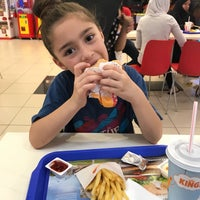 Photo taken at Burger King by 👑🌟🎀MİRAY🎀🌟👑 on 5/25/2018