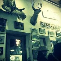 3/4/2013 tarihinde Kelly B.ziyaretçi tarafından Guero's Taco Bar'de çekilen fotoğraf