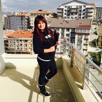 Photo taken at tenzile erdogan aile merkezi ve bilgi evi by Duygu E. on 10/21/2015