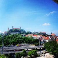 6/7/2013 tarihinde Najibziyaretçi tarafından Park Inn Danube'de çekilen fotoğraf