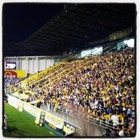 Photo taken at Estádio Heriberto Hülse by Willyan C. on 5/5/2013