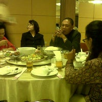 Photo taken at Phoenix Restaurant by Johnson Parulian N. on 12/15/2012