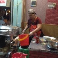 Photo taken at Bánh Cuốn 14 Bảo Khánh by N'Gook T. on 3/22/2015