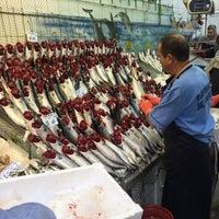 Photo taken at Marmara Balık Market by Hakan çalişir 9. on 9/29/2016