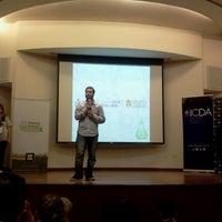 Photo prise au ICDA - Escuela de Negocios de la UCC par Jo I. le11/22/2013