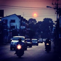 Photo taken at พรนิภาทัวร์ by Peerapat S. on 10/12/2014