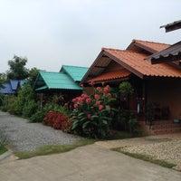 Photo taken at บ้านต้นแค by Peerapat S. on 10/30/2013