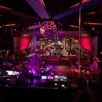 5/26/2014 tarihinde Katherine C.ziyaretçi tarafından Drai's Beach Club • Nightclub'de çekilen fotoğraf