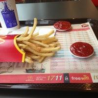 Photo taken at McDonald's & McCafé by LMmeaw 9. on 6/8/2013
