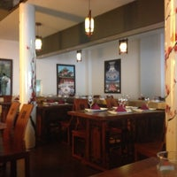 Photo taken at Restaurante Japonés Sakura VII by Maritza G. on 1/28/2016