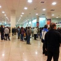 Foto tomada en Terminal 1 por Francina L. el 2/25/2013
