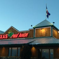 Photo taken at Texas Roadhouse by Eric H. on 2/23/2013