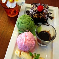 Photo taken at Doi Chaang Cafe by FoN on 7/6/2013
