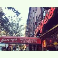 Photo taken at Sarge's Delicatessen & Diner by Jon E. on 10/9/2014