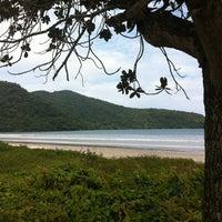 Foto tirada no(a) Praia da Lagoinha por Beto S. em 11/30/2012