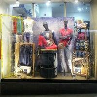 Photo taken at Pionier Store - Plaza San Miguel by Ricardo L. on 11/21/2012
