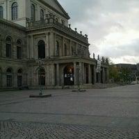 Das Foto wurde bei Opernplatz von Andreas R. am 11/5/2012 aufgenommen