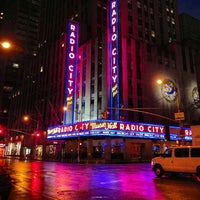 Foto scattata a Radio City Music Hall da Kevin H. il 7/29/2013