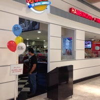 Photo taken at Johnny Rockets by Mika on 3/30/2014