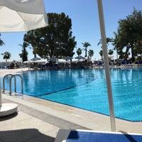 Foto tomada en Mirada Del Mar PoolBar por Hasan melih Ş. el 9/19/2018