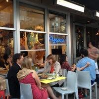 Foto tirada no(a) Pizzeria Delfina por Nick F. em 5/2/2013