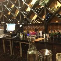 Foto tomada en Su Vino Winery por Andrea M. el 12/28/2012