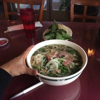 Photo taken at Pho Duy by Daniel G. on 11/16/2016