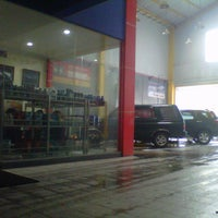 Photo taken at Auto Spa (Car Care Services) by Navy N. on 3/11/2013