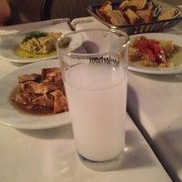 6/14/2013 tarihinde Serdar Ç.ziyaretçi tarafından Balat Sahil Restaurant'de çekilen fotoğraf