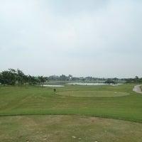 Photo taken at Hanoi Golf Club by ! @ 🇯🇵Eiji R. on 5/4/2014