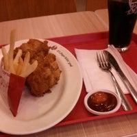 Photo taken at KFC by ! @ 🇯🇵Eiji R. on 2/15/2014