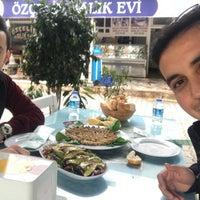 Photo taken at Özçelik balık evi by Barış Ç. on 2/10/2018