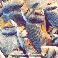Photo taken at Qatif fish market by 🇻🇮 DYAVOL on 3/9/2018