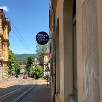 Foto diambil di Mikyna Coffee & Food Point oleh Marek H. pada 5/20/2018