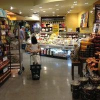 7/28/2013にIlie K.がWhole Foods Marketで撮った写真