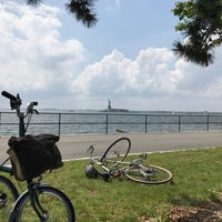 Photo taken at Picnic Point @ Governors Island by Franchino P. on 6/18/2017